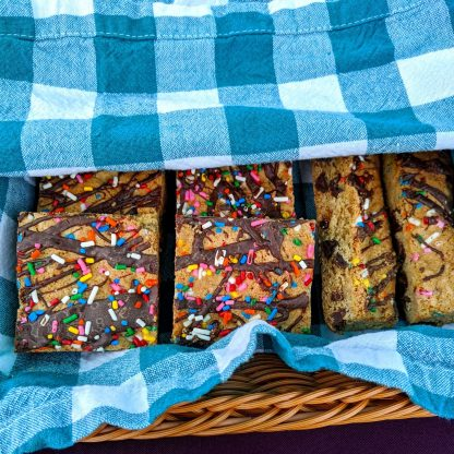 chocolate chip cookie bars rainbow sprinkles